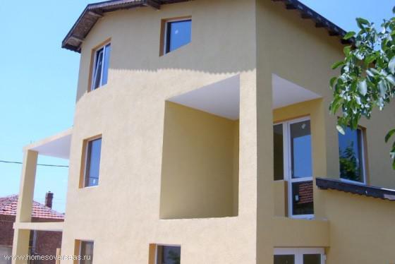 Купить трехэтажный дом за границей