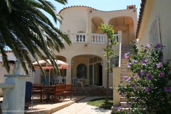 Купить недорогую недвижимость в испании коста брава