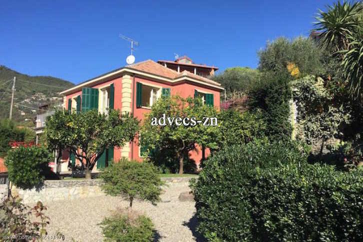 New villa in Alassio Video