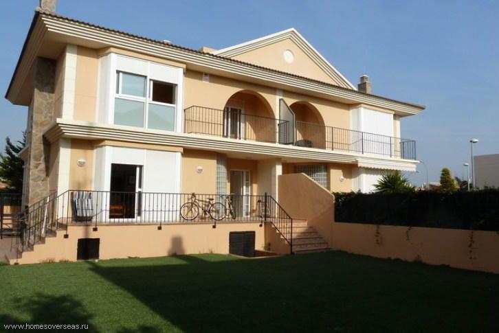 Acquistare porzione di casa sulla costa di Milano