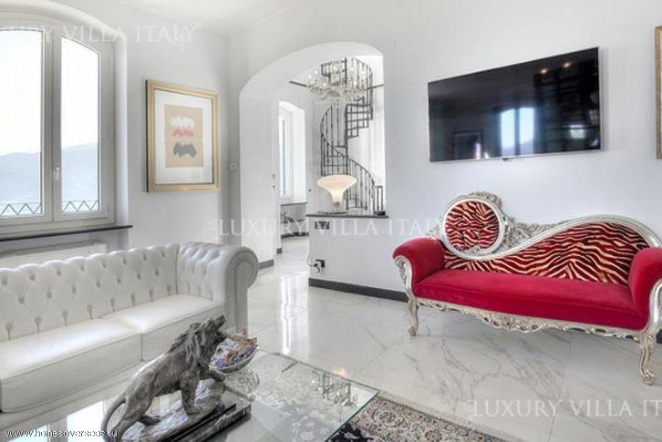VIP villa in Finale Ligure on the 1 line in oriental style