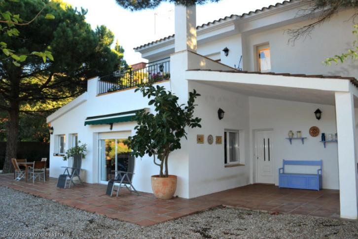 Гостевой дом в испании купить