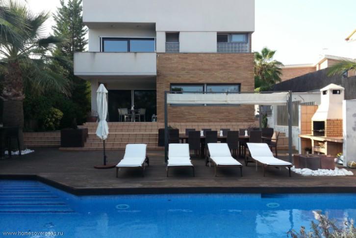 Испания купить дом барселона