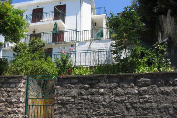 Продам домик в черногория
