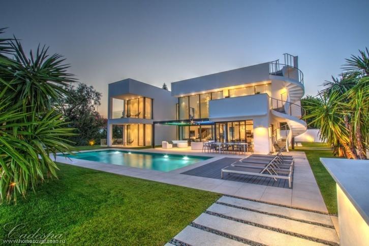 Продажа элитной недвижимость в испании