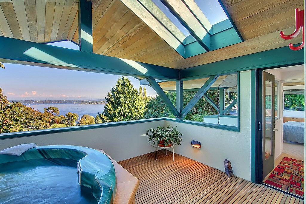 Недвижимость за рубежом стоимость дом в черногории на берегу моря