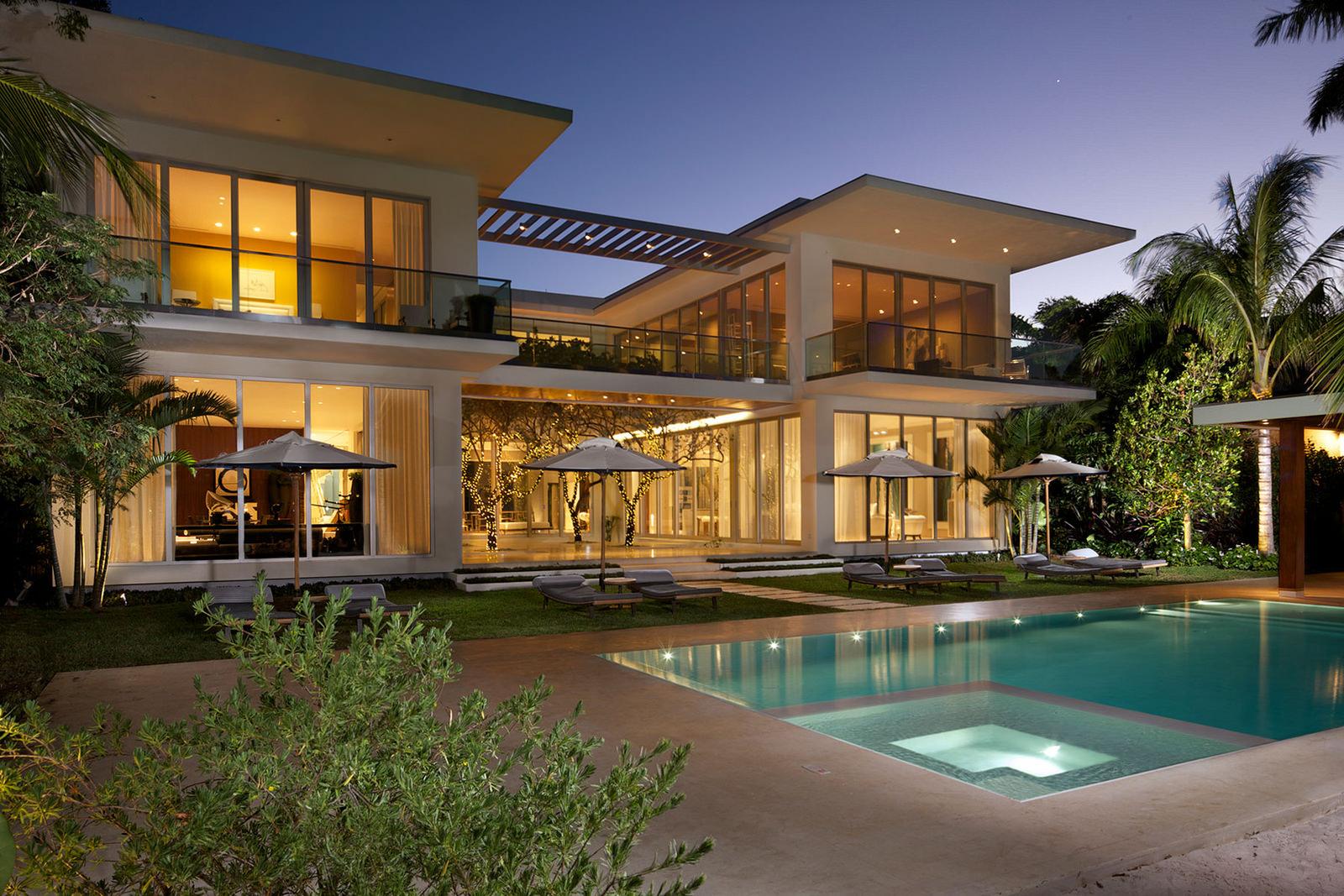 Дома на берегу моря в америке купить