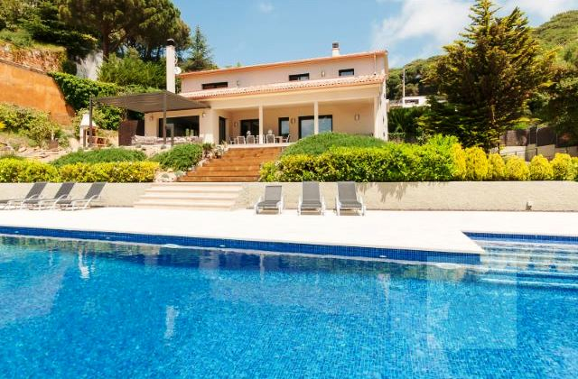 Условия приобретения жилья в испании